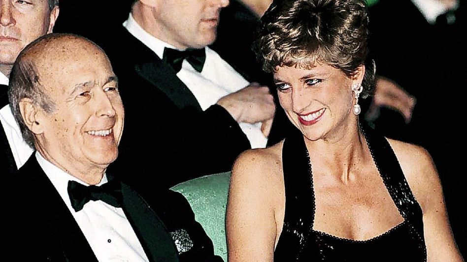 Giscard mit Prinzessin Diana 1994