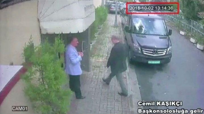 Khashoggi auf dem Weg in das Konsulat (am 2. Oktober)