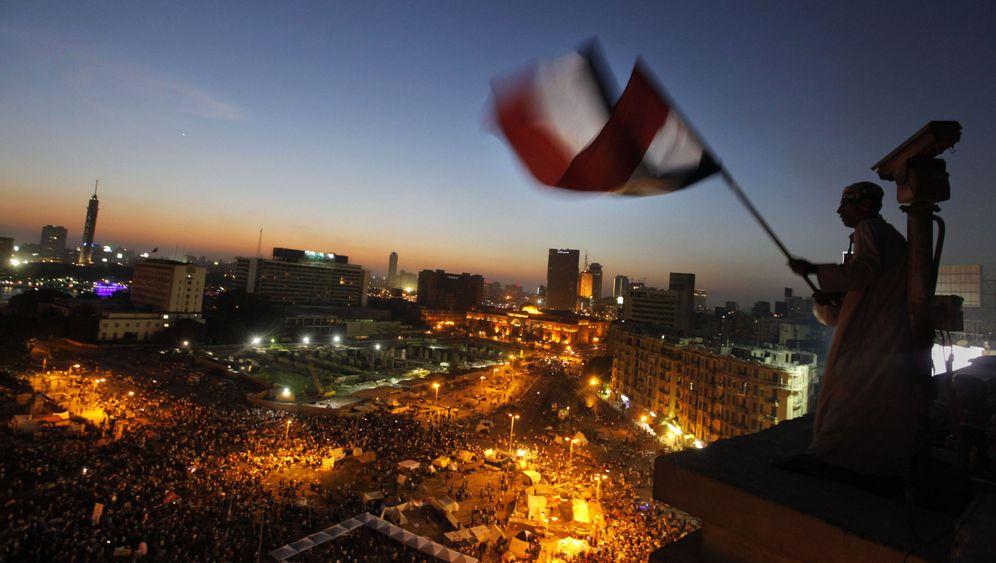 Demonstrationen in Ägypten: Mursi-Anhänger gegen Mursi-Kritiker