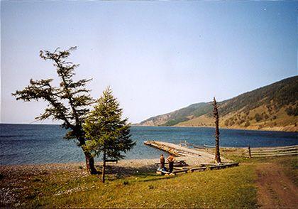 Zur Ruhe kommen: Weite, Einsamkeit und das faszinierende Blau des Baikalsees