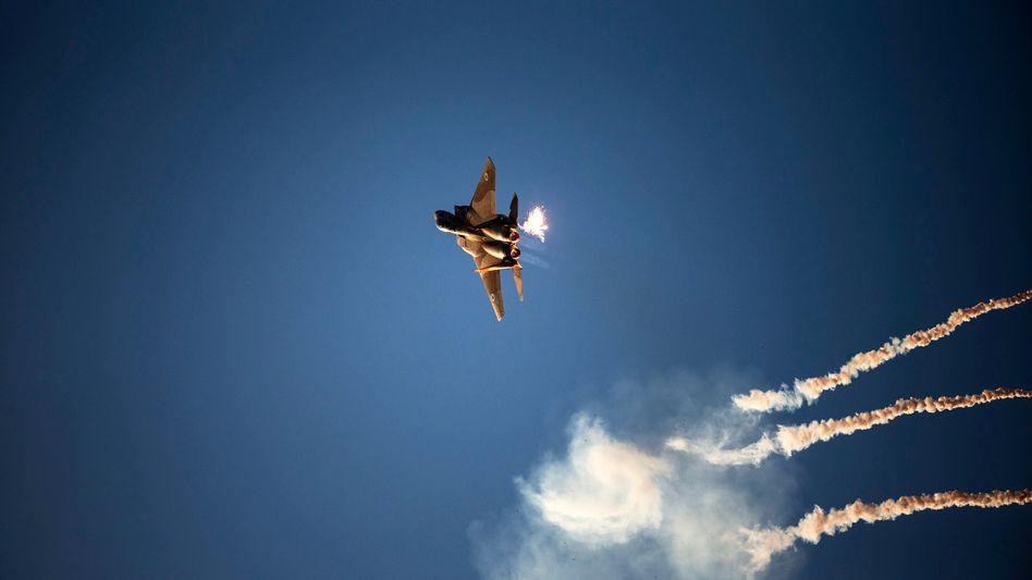Israelischer F15-Kampfjet bei Übung