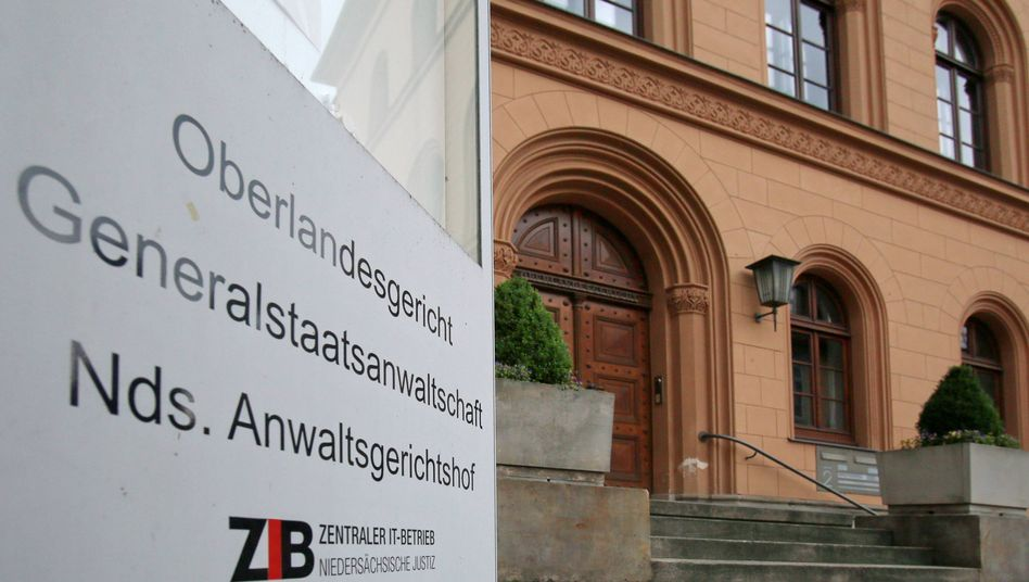 Prozess am Oberlandesgericht Celle: Ein 32-Jähriger warb im Netz für die IS-Terrormiliz
