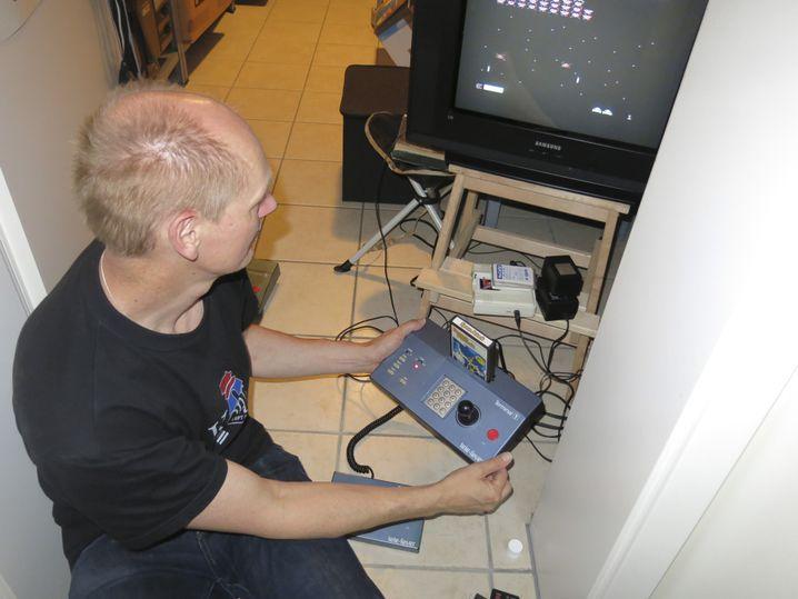 Rarität: Die Tele-Fever-Konsole von Tchibo wurde nur kurze Zeit verkauft. Sammler Torsten Othmer aus Grimma gehört zu den glücklichen Besitzern