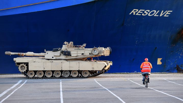 """Atlantic Resolve"": US-Panzer in Bremerhaven gelandet"