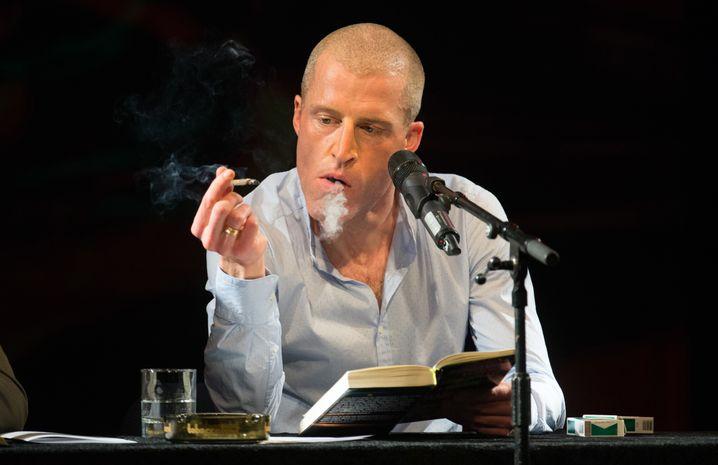Wenigstens das Rauchen ist Stuckrad-Barre geblieben