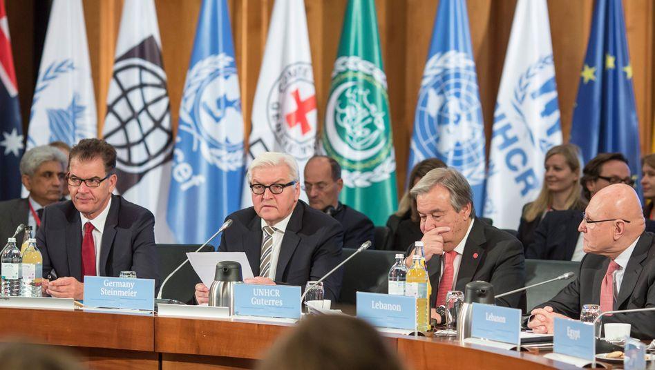 Flüchtlingskonferenz in Berlin: Mit Geld gegen die Katastrophe