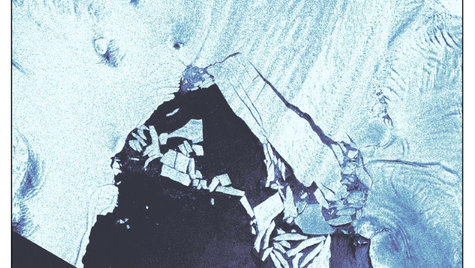 Pine-Island-Gletscher mit teilweise gelöstem Eisberg B-46 (Satellitenaufnahme)
