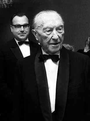 Konrad Adenauer, Helmut Kohl (1967): Heute besitzt die Union keinen volksparteilichen Kitt mehr