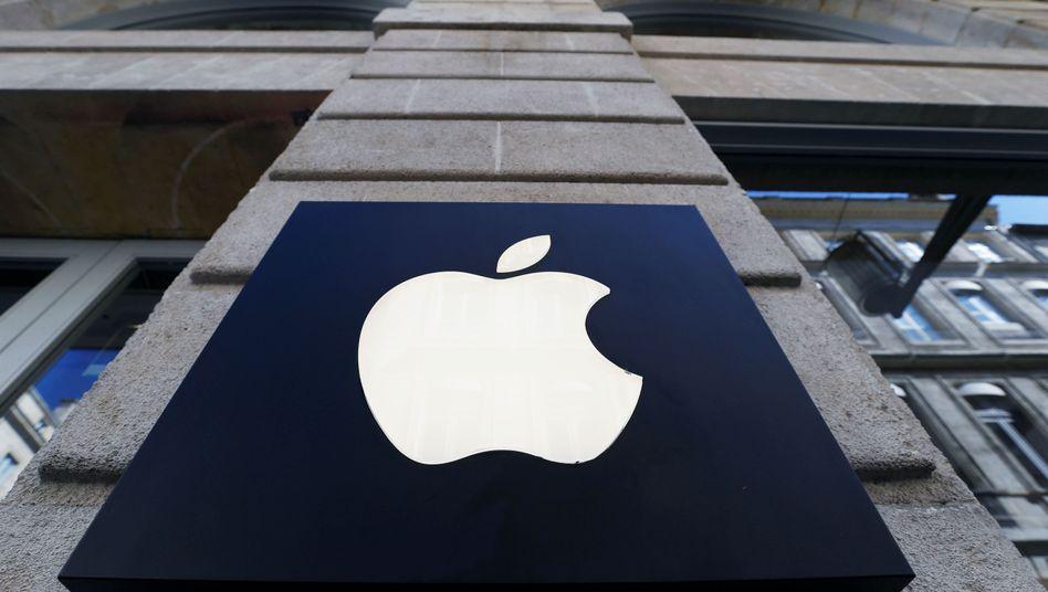 Apple-Logo an einem Geschäft in Frankreich