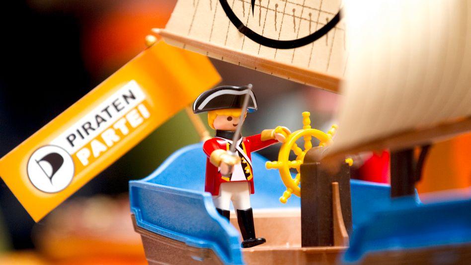 Logo und Playmobil-Freibeuter: Stürmische Findungsphase der Piratenpartei