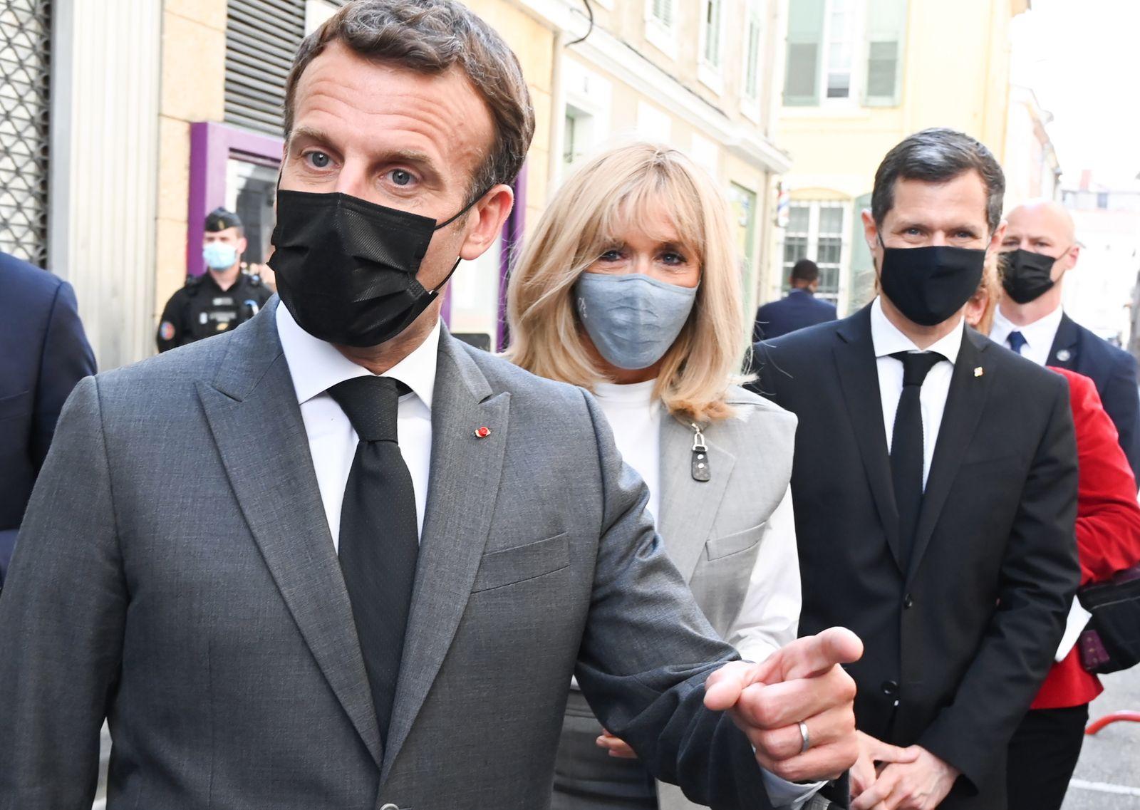 Macron in Valence