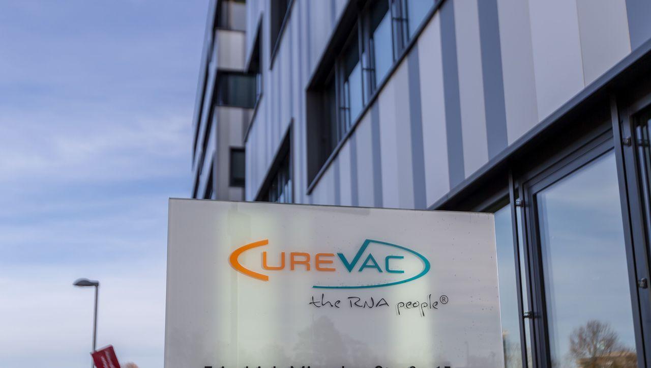 Zulassung in der EU: Ema startet Schnellprüfverfahren für Impfstoff von Curevac - DER SPIEGEL