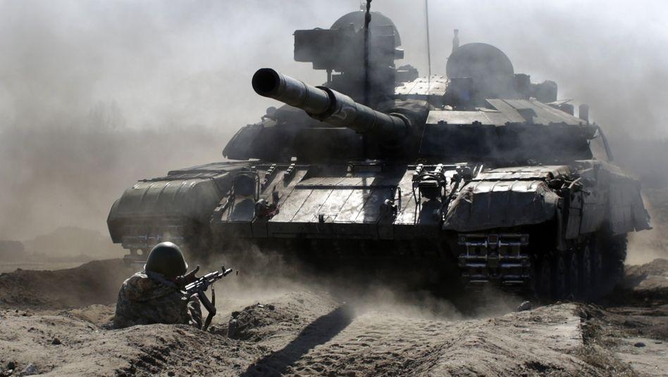 Ukrainische Militärübung im Jahr 2015: »Grenze eines Landes wiederherstellen«