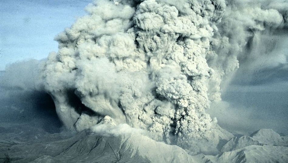 "The 1991 explosion of the Mount Pinatubo volcano in the Philippines. ""Aerosoles in the stratosphere reduce the rate of climate change,"" says David Keith."