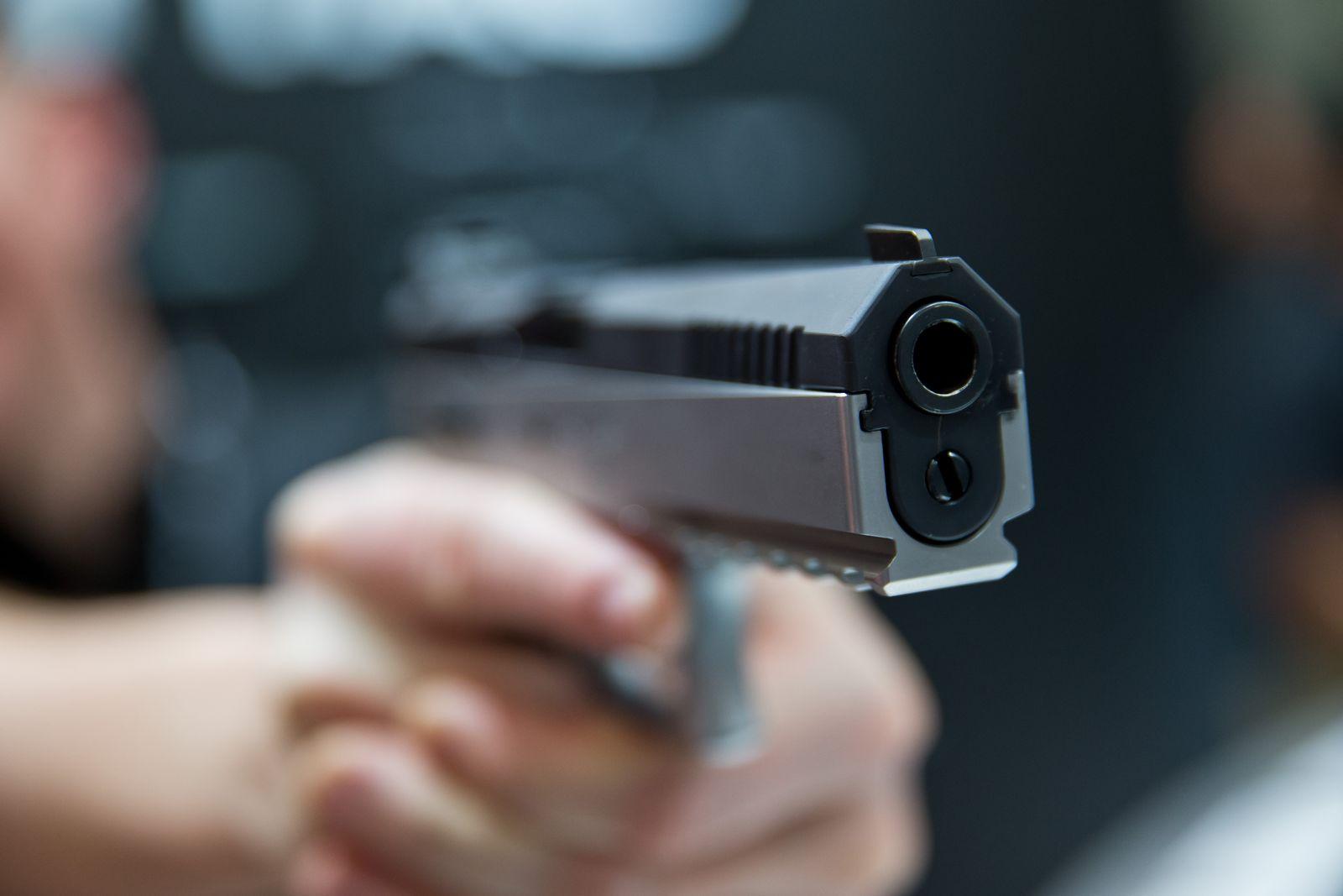 SYMBOLBILD Amok/ Waffe/ Pistole
