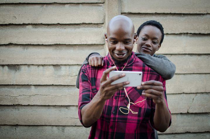 """Kochend in die Selbstbestimmung: der Film """"Cook Off"""" aus Simbabwe"""