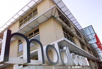 Neuer Schriftzug, alte Geschäfte: Mobilcom-Zentrale in Büdelsdorf