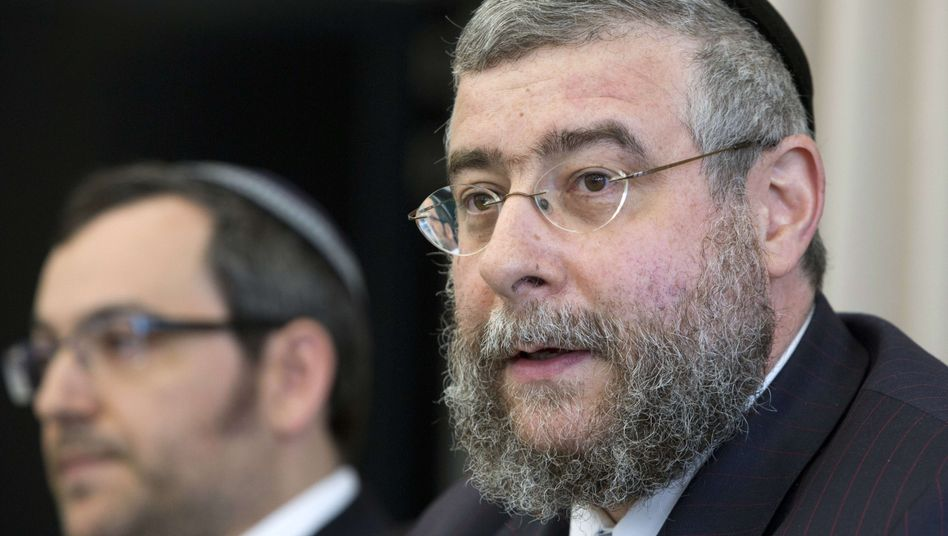 """Conference of European Rabbis President Pinchas Goldschmidt: """"An existential question for the Jewish community in Germany."""""""