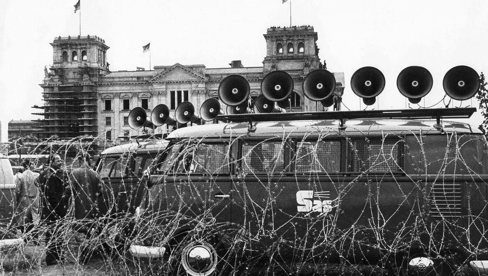 Berliner Lautsprecherkrieg: Das Dröhn-Duell an der Mauer