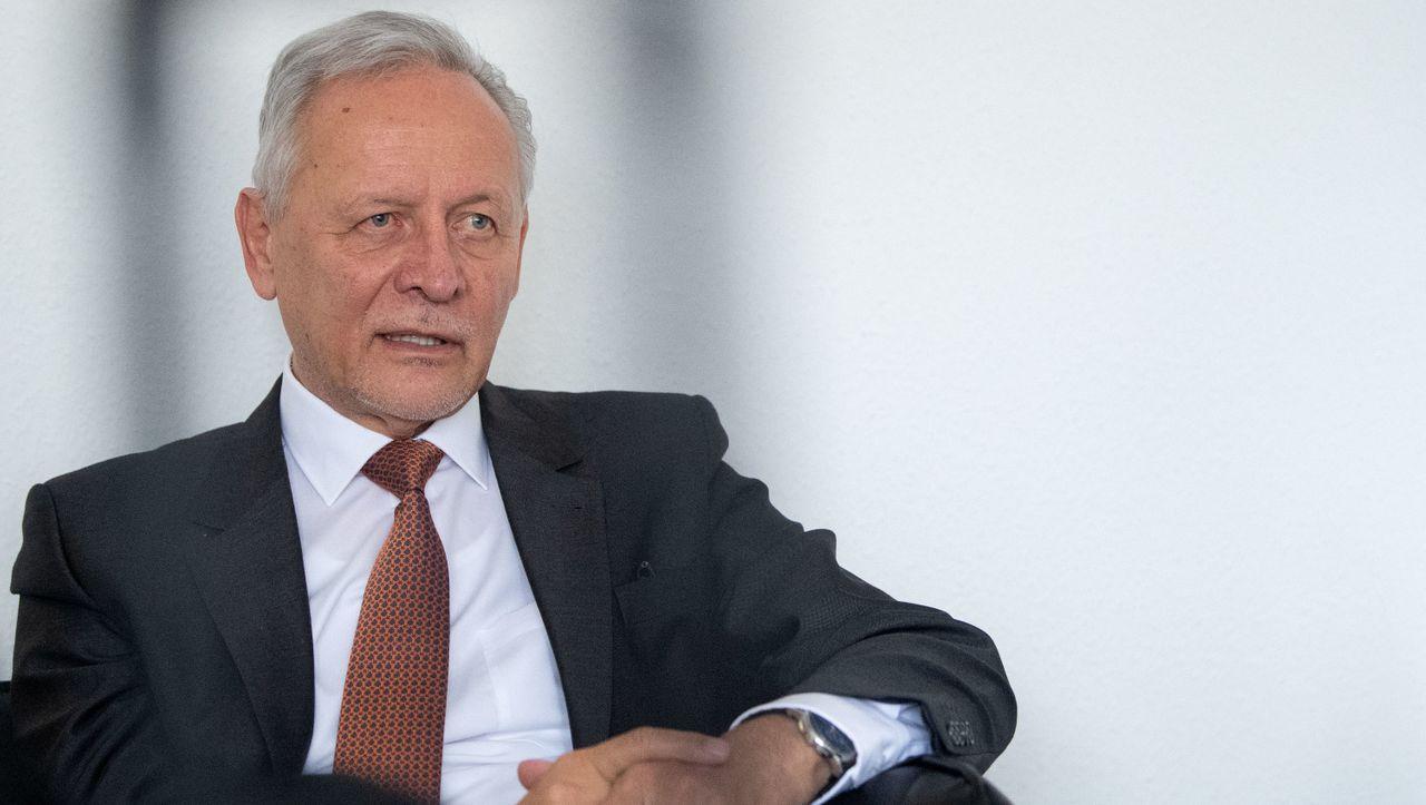 Finanzdienstleister: Grenke räumt erneut schwere Fehler ein - DER SPIEGEL