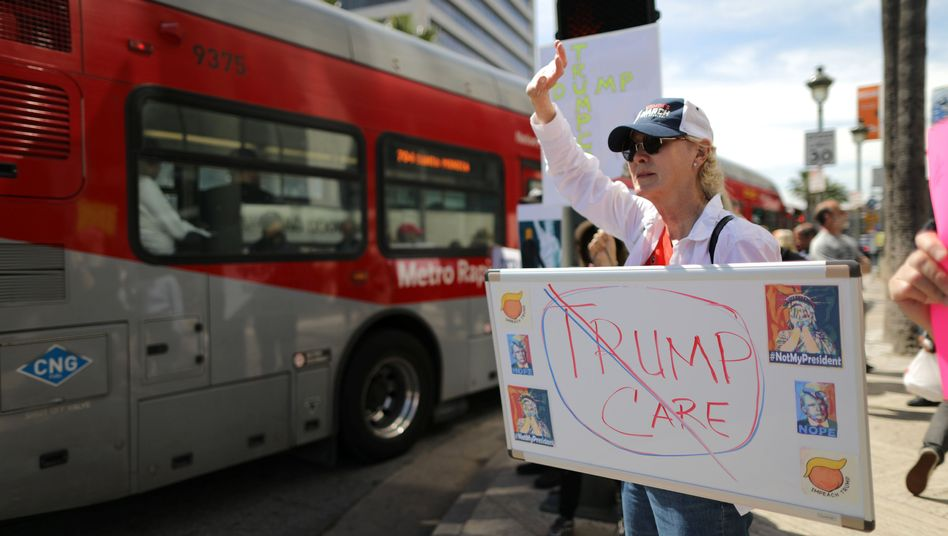 Demonstrantin in Los Angeles