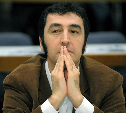 """Özdemir: """"Es lohnt zu kämpfen"""""""