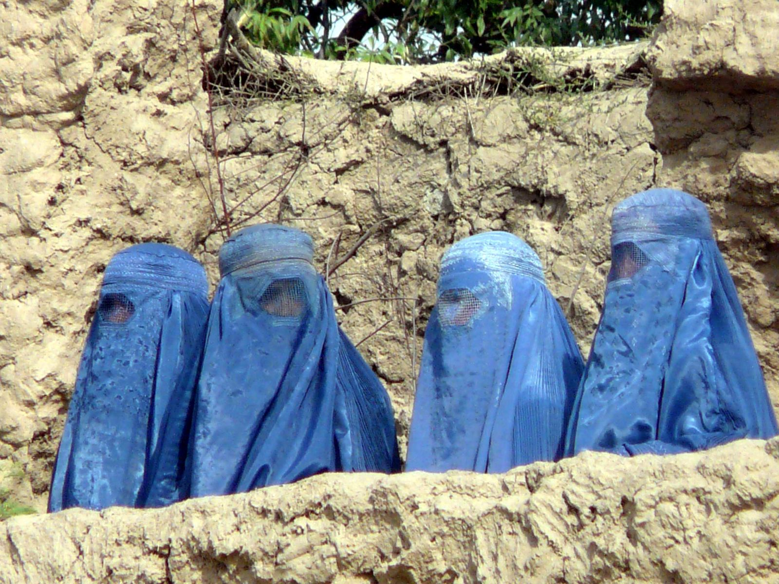 Afghanistan / Frauen mit Burka