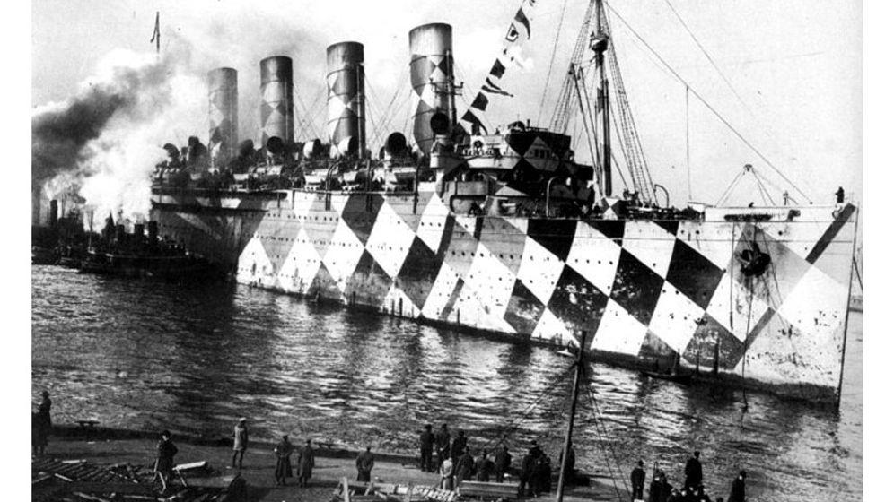 Gefleckt, gestreift, kariert: Wenn Schiffe sich als Zebras tarnen