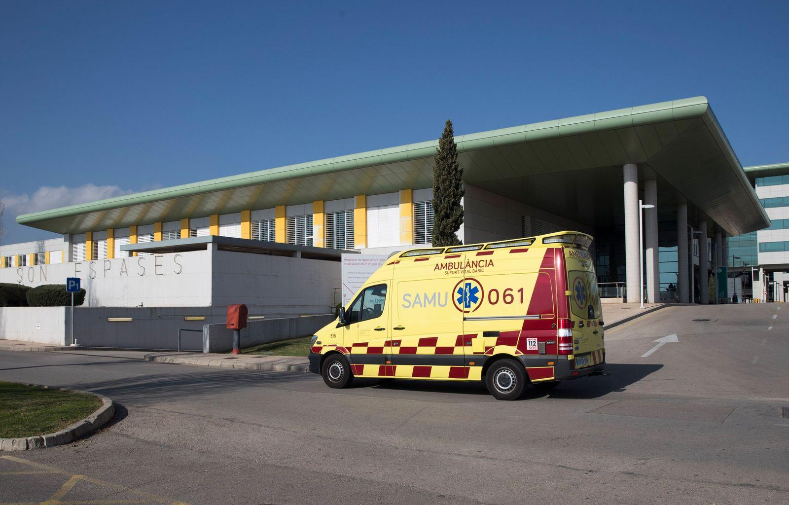 SPAIN-UK-VIRUS-HEALTH