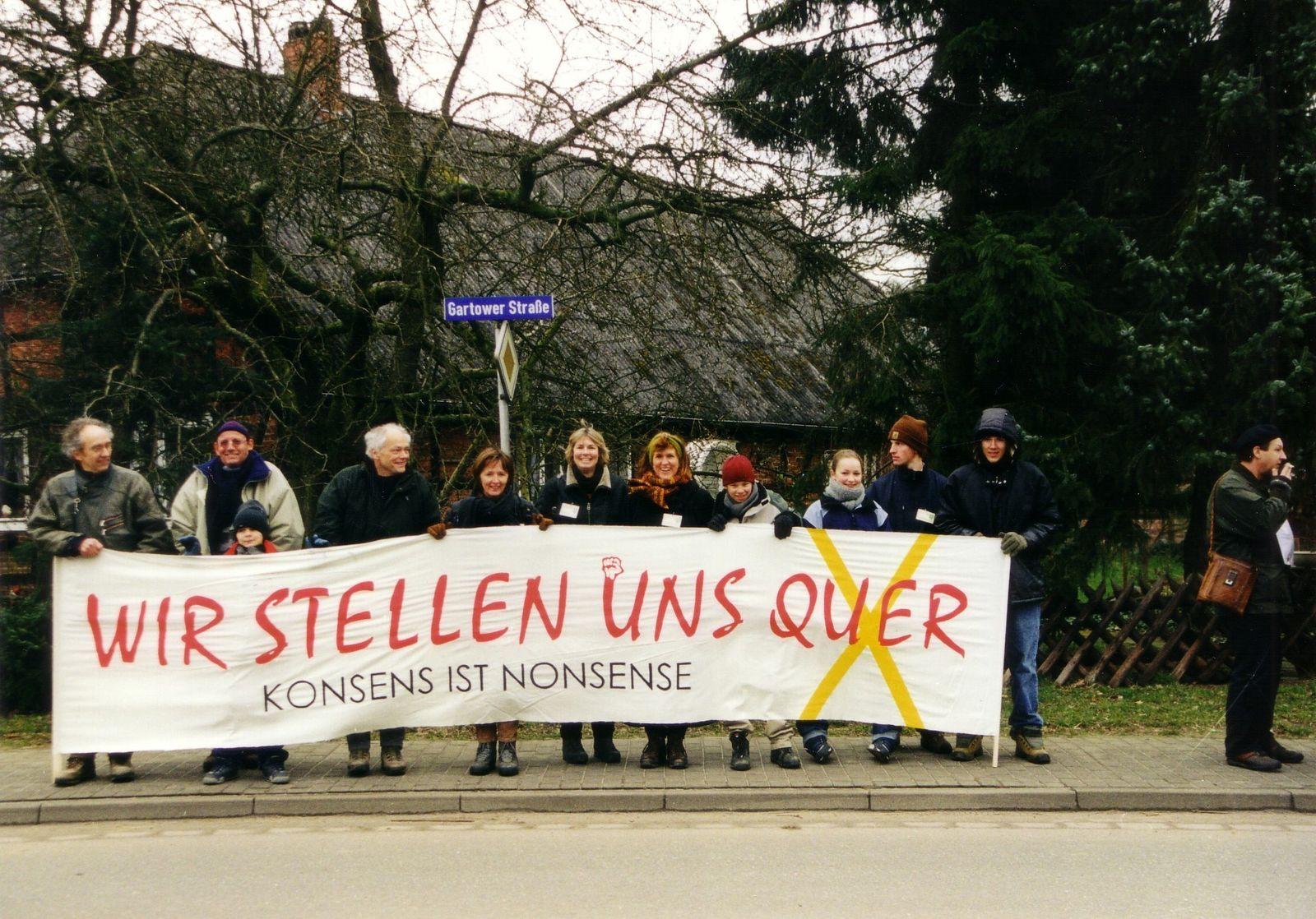 Foto 5 Gorleben_Castor-Transport_März_2001