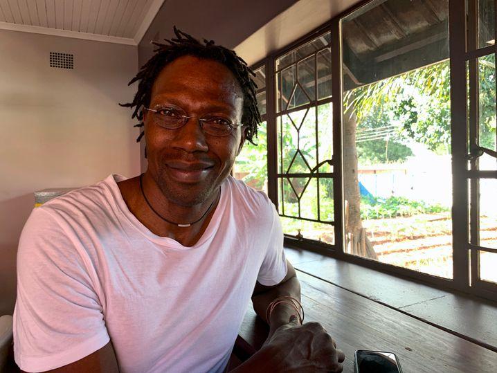 Psychiater Dixon Chibanda in der Freundschaftsbank-Zentrale