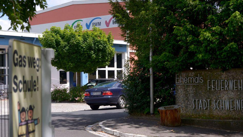 Eingang der Privaten Schulen Schwarz: Keine Fachoberschüler mehr