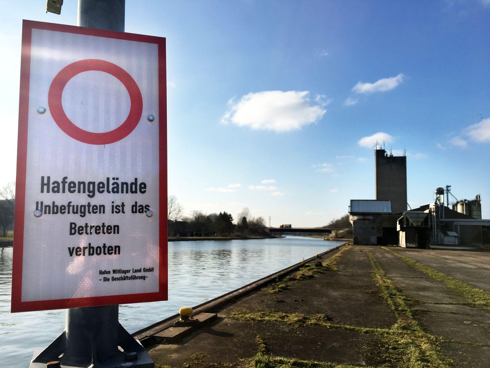 EINMALIGE VERWENDUNG Containerhafen Bohmte / Hafen in Niedersachsen