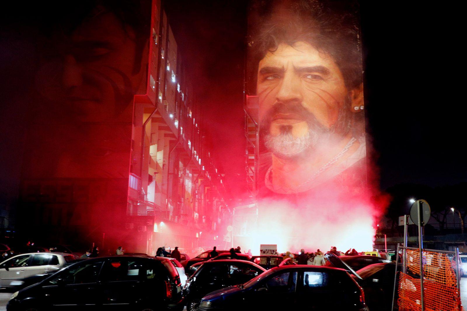 APTOPIX Italy Maradona Obit Reax