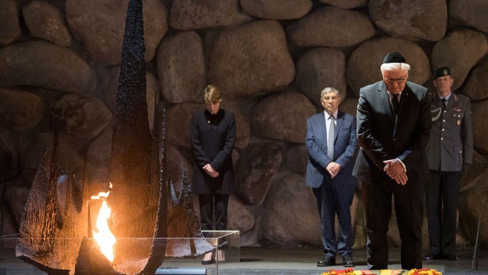 Bundespräsident Steinmeier in der Holocaust-Gedenkstätte Yad Vashem in Jerusalem