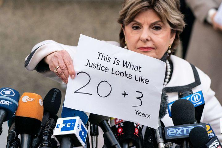 """""""So sieht Gerechtigkeit aus"""": #MeToo-Staranwältin Gloria Allred nach der Strafmaßverkündung"""
