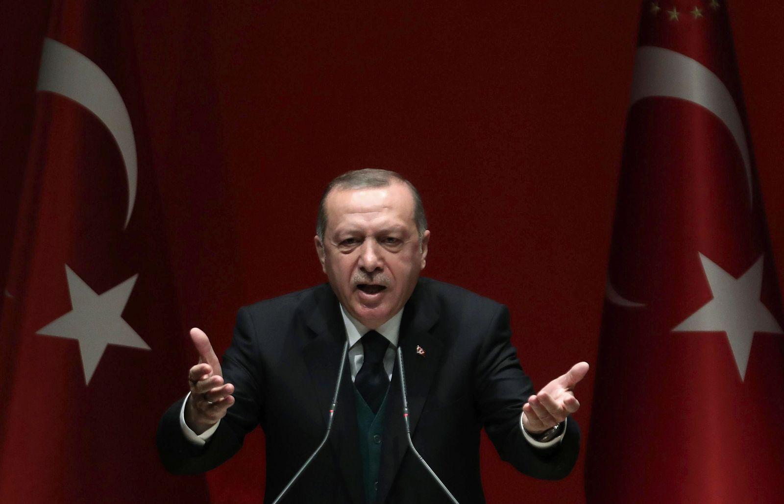 TOPSHOT-TURKEY-POLITICS-ERDOGAN