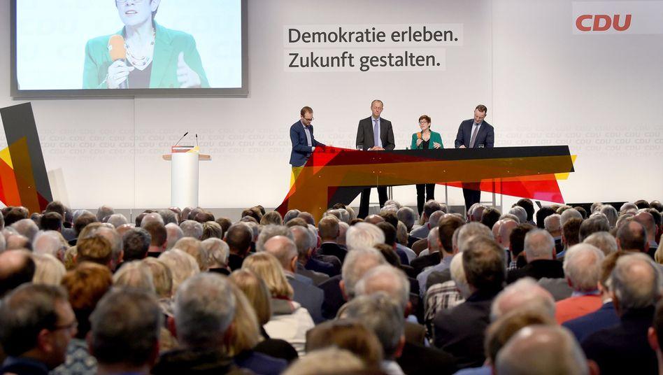 Annegret Kramp-Karrenbauer spricht in Bremen