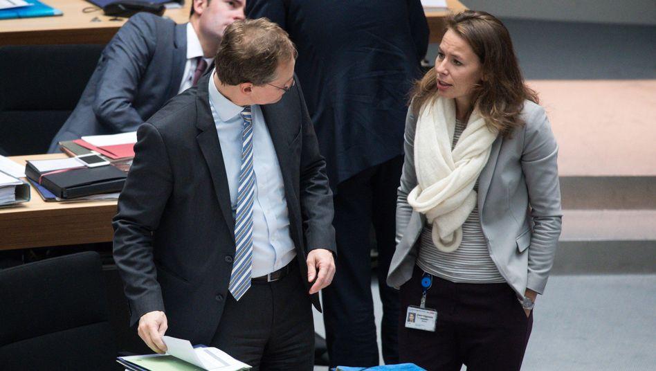 SPD-Politiker Müller, Senatssprecherin Augenstein