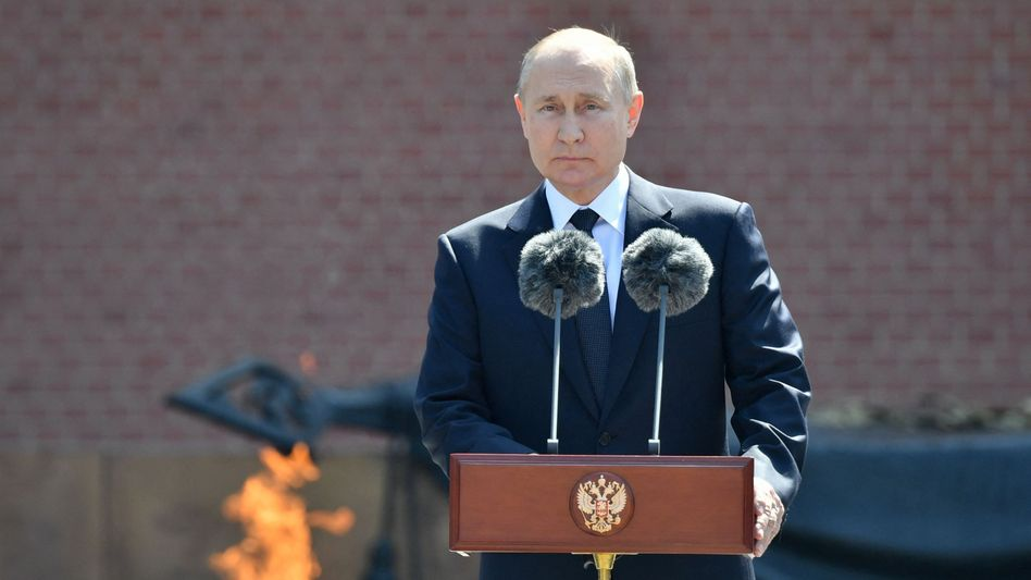 Wladimir Putin bei einer Gedenkfeier in Moskau zum Jahrestag des deutschen Überfalls auf die Sowjetunion