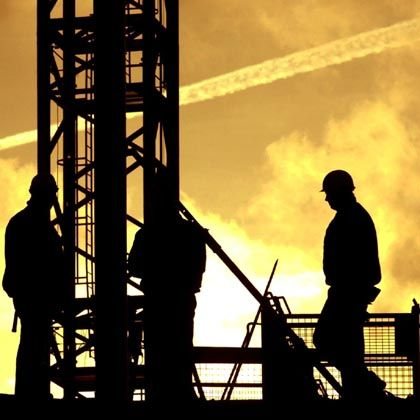 Bauarbeiter in Berlin: Die Inflation zehrt einen Großteil des Lohnwachstums auf