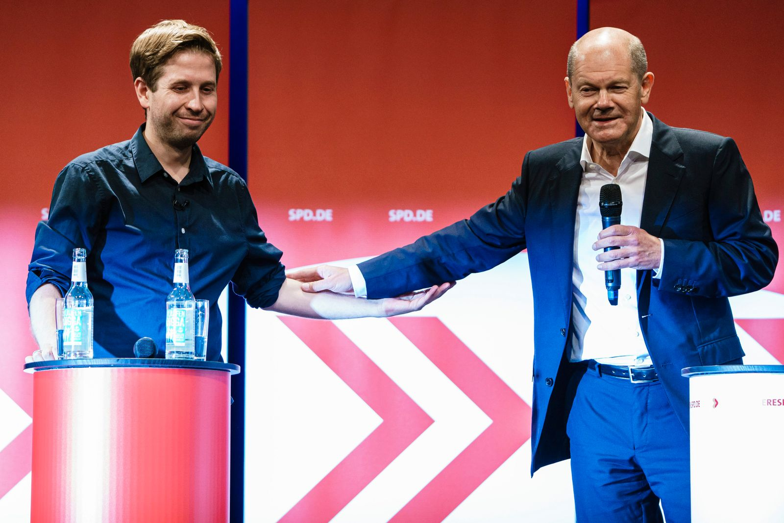 SPD top candidate for the federal elections Olaf Scholz citizen talk