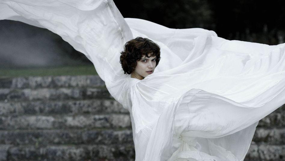 Film über Tanzlegende Loïe Fuller: Die Verwandlung