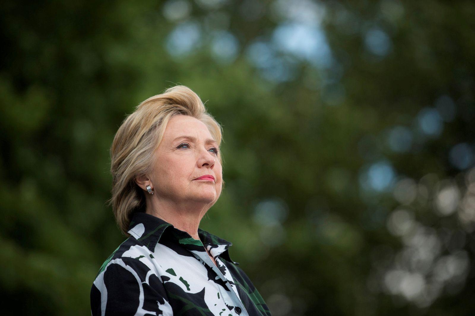 Serien/ Hillary