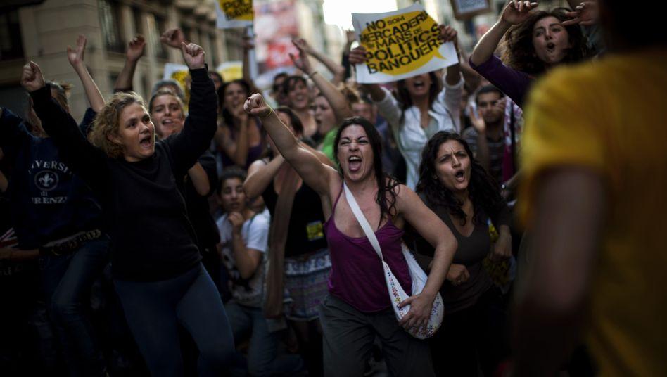 Junge Demonstranten in Barcelona (Archivbild): Heillos überfordert