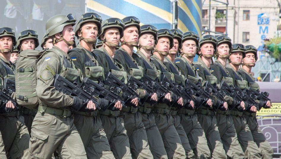 Ukrainische Nationalgarde in Kiew