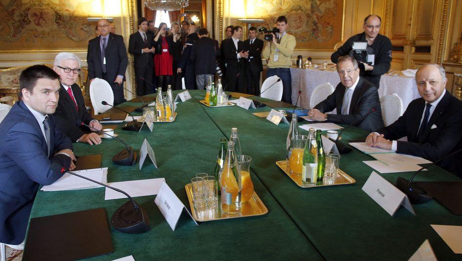 Fabius, Steinmeier, Lawrow und Klimkin: Minsk-Abkommen einhalten