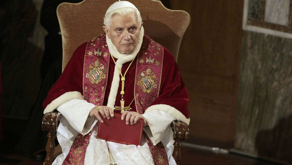 How much authority does Pope Benedict XVI still enjoy?