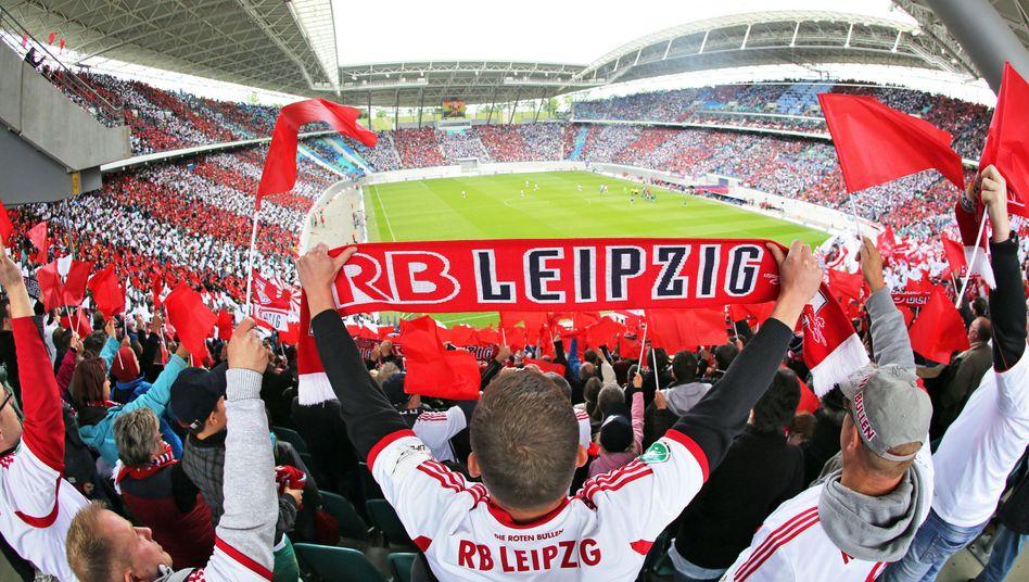 Fans in Leipzig: Probleme mit den Lizenzauflagen für Liga zwei