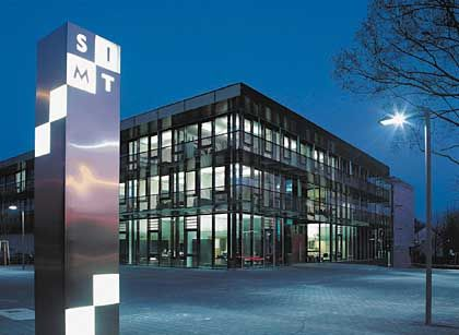 SIMT-Gebäude: Schmuck und günstig zu haben